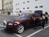 Rolls-Royce car we will use to move between the appartments