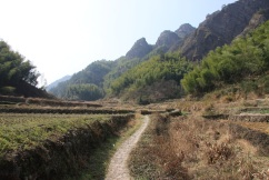 The old roads which connect the villages.