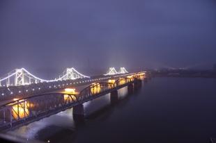 Yalu Friendshipe Bridge details at night